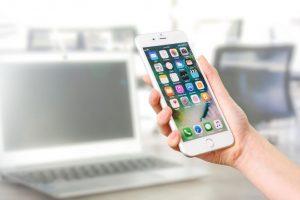 ブラウザ版(パソコン)とアプリ版(iPhone、Android)で料金に違いがある